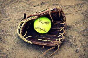 softball-340488_960_720
