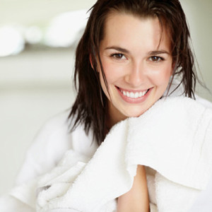 daily-glow-photogallery-zit-zappers-woman-with-towel-on-face2